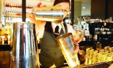 مقترح تشريعي للسماح بتقديم الكحول في وسط ديترويت حتى الرابعة فجراً