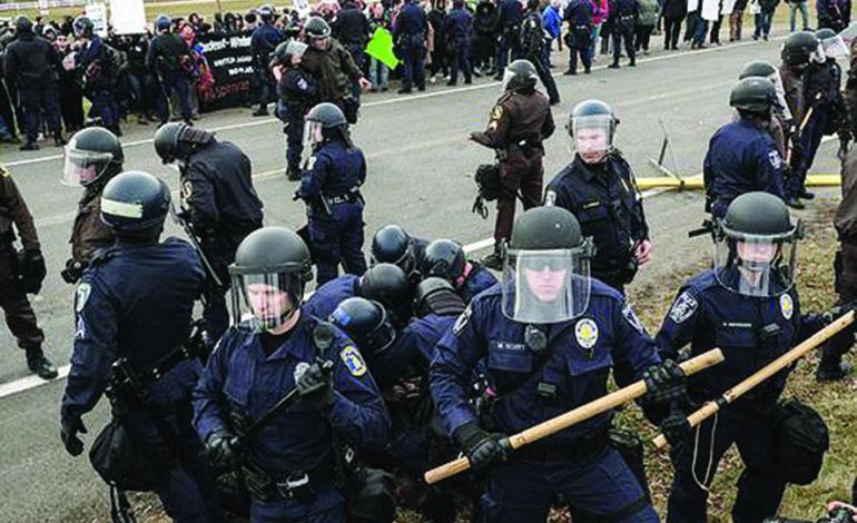 اليسار المتطرف يصطدم باليمين المتطرف في «جامعة ميشيغن ستايت»