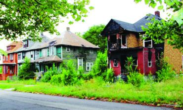 سكان حي «دلراي» يستبدلون منازلهم بأخرى مجددة في ديترويت
