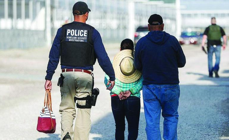 اعتقال ١١٤ مهاجراً غير شرعي في شركة للاعتناء بالحدائق في ولاية أوهايو