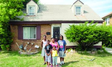 بلدية ديترويت تشتري المنازل المصادرة لإعادة بيعها لأصحابها مقابل ألف دولار فقط