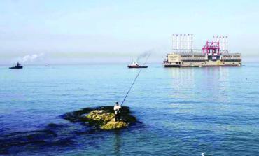 باخرة الكهرباء التركية تغرق في «المستنقع» اللبناني!