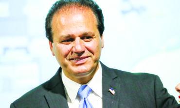 العربي الأميركي سام بيضون  يفوز بالسباق التمهيدي لعضوية مجلس مفوضي مقاطعة وين