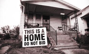 ديترويت: انخفاض قياسي للمنازل المصادرة في مزاد مقاطعة وين