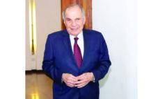 نائب متموّل يفضح المستور: هذا ما يجري في دهاليز الدولة اللبنانية