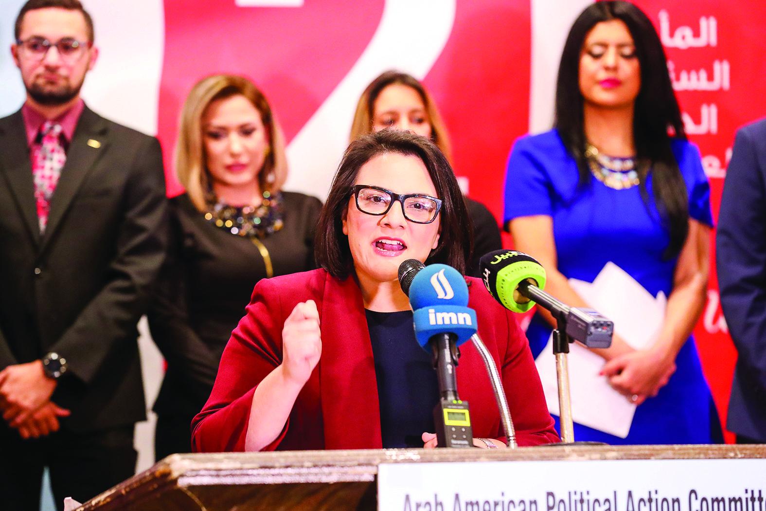 مديرة مكتب «الاتحاد الأميركي للحريات المدنية» رنا المير بعد نيلها جائزة تكريمية