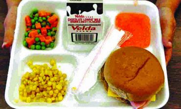 المشرف العام على مدارس ديربورن د. غلين ماليكو: نتطلع إلى تحسين وتنويع وجبات الطلاب .. دون خصخصة