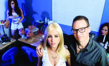تكساس تمنع افتتاح أول «بيت دعارة» للدمى في الولايات المتحدة