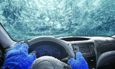 ١٢ شيئاً مهماً لوضعها في سيارتك خلال شتاء ميشيغن