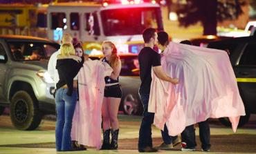 مجزرة دامية تحصد ١٢ قتيلاً في حانة بولاية كاليفورنيا