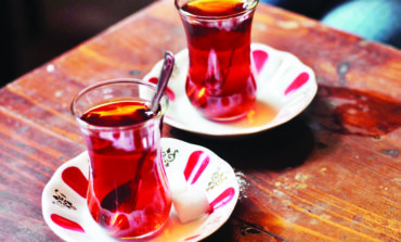 لا تتناول الشاي بعد الغداء!