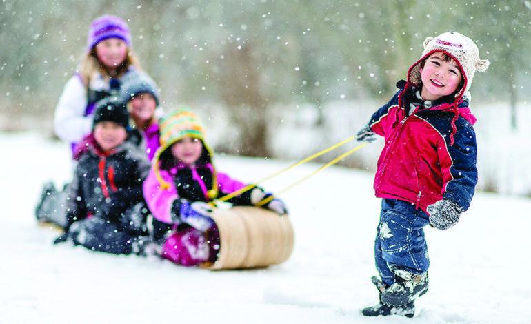 دعوا أطفالكم يلعبون خارجاً خلال الشتاء!