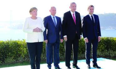 قمة اسطنبول بين التفاهمات والتعقيدات: الحل السياسي في سوريا .. إلى أين؟