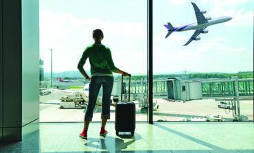 ٤ نصائح للحصول على تذاكر سفر بأسعارٍ زهيدة