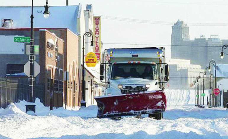 هذا الشتاء .. بلدية ديترويت تعزز الإنفاق على إزالة الثلوج من الشوارع السكنية