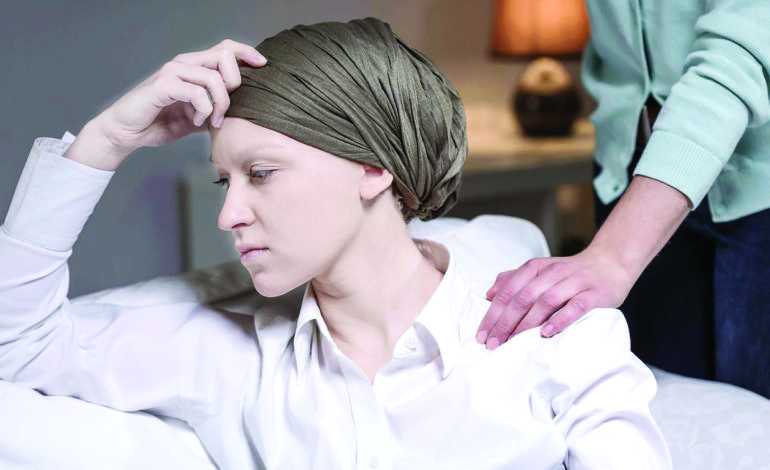 الناجيات من سرطان الثدي قد يعانين من مشكلات نفسية