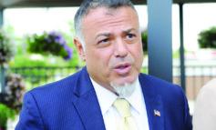 انتخاب الحقوقي نبيه عياد رئيساً لمجلس إدارة مطارات مقاطعة وين