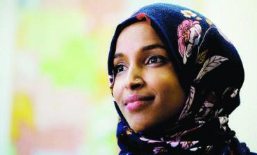 إلهان عمر تعتذر عن تعليقات «معادية للسامية» .. وترد على ترامب  بعد مطالبتها بالاستقالة