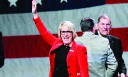 الجمهوريون يختارون لورا كوكس لقيادة الحزب في ميشيغن .. بشعارات ترامب