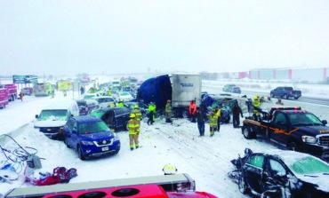131 سيارة في حادث واحد