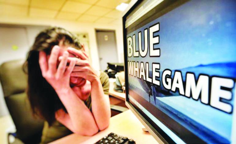 خبراء يحذّون الآباء من انتشار ألعاب إلكترونية  تدفع الأطفال إلى الانتحار