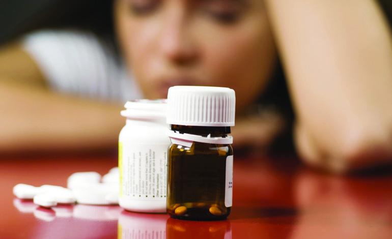 تناول مضادات الاكتئاب والمسكنات معاً قد يسبب سكتة دماغية