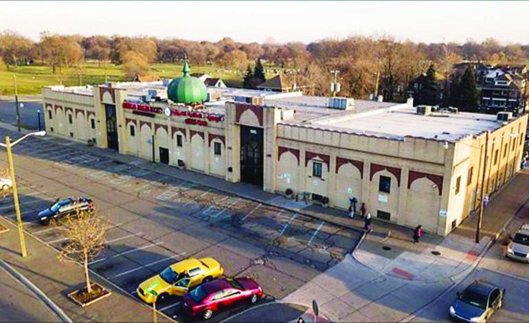 مسجد ديكس .. «حضن الجالية الأول» يحتفل بذكرى تأسيسه الـ80
