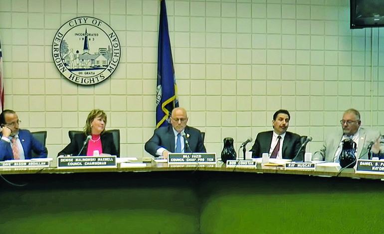 رئيس بلدية ديربورن هايتس: لن أرضخ للألاعيب السياسية .. وسأحمي المدينة من القرارات غير القانونية