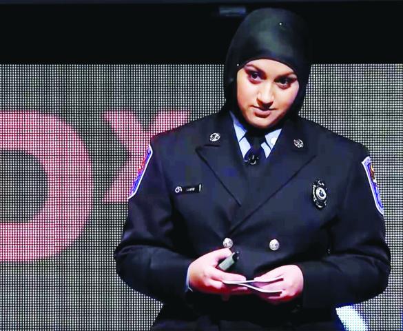 مسلمة أميركية تقتحم مهنة الإطفاء .. رغم التحديات