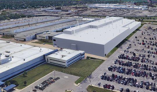 ضوء أخضر لبناء أول مصنع سيارات في ديترويت منذ عقود