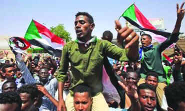 بعد تعدد الوساطات لتسوية الأزمة: السودان على مفترق طرق