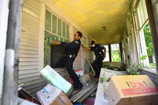 القبض على «سفاح مومسات» يشتبه بارتكابه سلسلة جرائم قتل واغتصاب في ديترويت