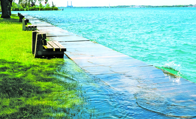 منسوب البحيرات يبلغ مستويات قياسية في ميشيغن هذا الصيف