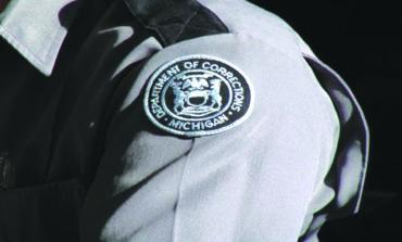 عربي أميركي يقاضي دائرة السجون في ميشيغن بتهمة التمييز العنصري ضده في مكان العمل