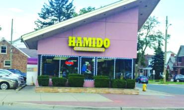 «آيس» تداهم مطعم «حميدو» بديربورن وتعود خالية الوفاض