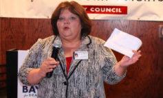 عضو مجلس مدينة ديربورن هايتس ليزا هيكس–كلايتون تطمح لإعادة انتخابها لولاية ثالثة: هذا موقفي من الخلافات في أروقة البلدية!