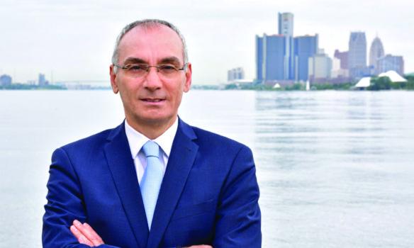 المحامي عبد حمود يبدأ تجربة جديدة في القطاع الخاص بعد مسيرة لامعة في الادعاء العام محلياً وفدرالياً