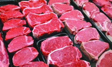 التقليل من اللحوم الحمراء .. والإكثار من المكسرات من أجل عمر أطول