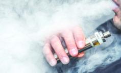 تسجيل أول وفاة في ميشيغن بسبب السجائر الإلكترونية