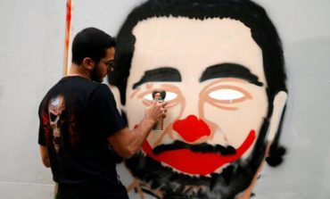 لبنان أمام خيارين: الاستسلام للضغوط الخارجية أو المواجهة؟