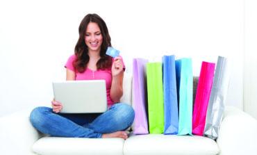 خبراء يطالبون بتصنيف الإدمان على التسوق الإلكتروني كمرض نفسي