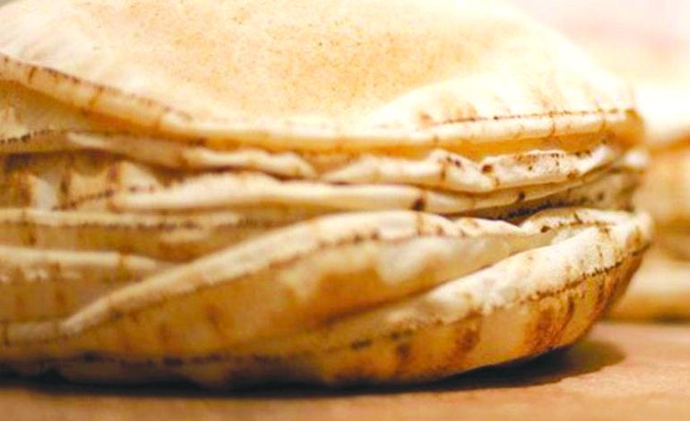 السكر والخبز الأبيض وراء إصابة النساء بالأرق