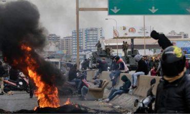 لبنان بين مطرقة التفجير الأمني وسندان الانهيار الاقتصادي