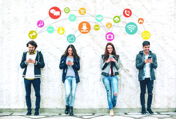 كيف يحقق نجوم شبكات  التواصل الاجتماعي أرباحاً ضخمة؟