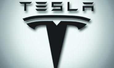 تسوية تسمح ببيع سيارات «تسلا» في ميشيغن