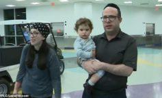 أسرة يهودية من ميشيغن  تطالب بتعويضات بعد طردها  المهين من رحلة جوية