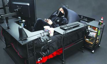 سرير خاص بمدمني الألعاب الإلكترونية يثير الكثير من الجدل