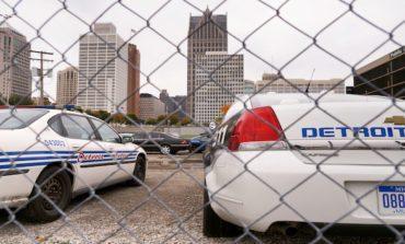 شرطة ديترويت تقاتل على جبهتين: مكافحة العنف ومنع التجمّعات