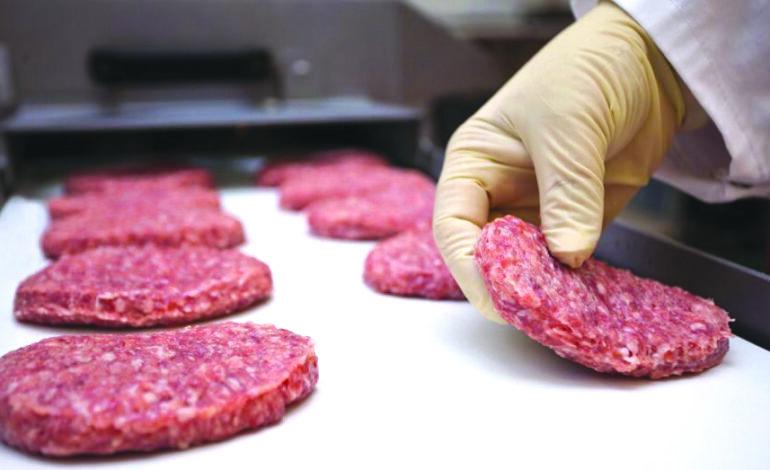 أسعار اللحوم إلى ارتفاع في ميشيغن .. والمتاجر الكبرى تفرض قيوداً على الشراء