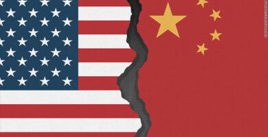 ترامب يفرض عقوبات على مسؤولين صينيين .. ولا يستبعد «الانفصال الكامل»